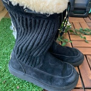 Ugg Australia boots black Rubber leather size 5